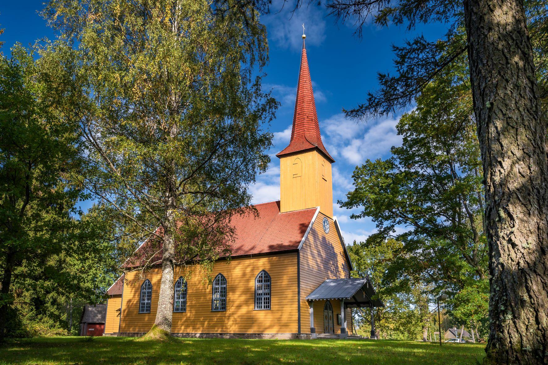 Käru kirik